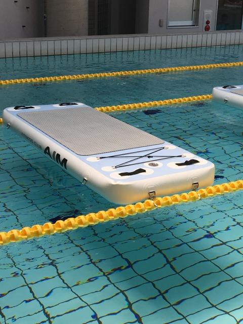 今期スポーツ注目ワードは「エアー」。室内で水上ヨガを楽しめるウォーターボードのプログラムが石川県で話題に!